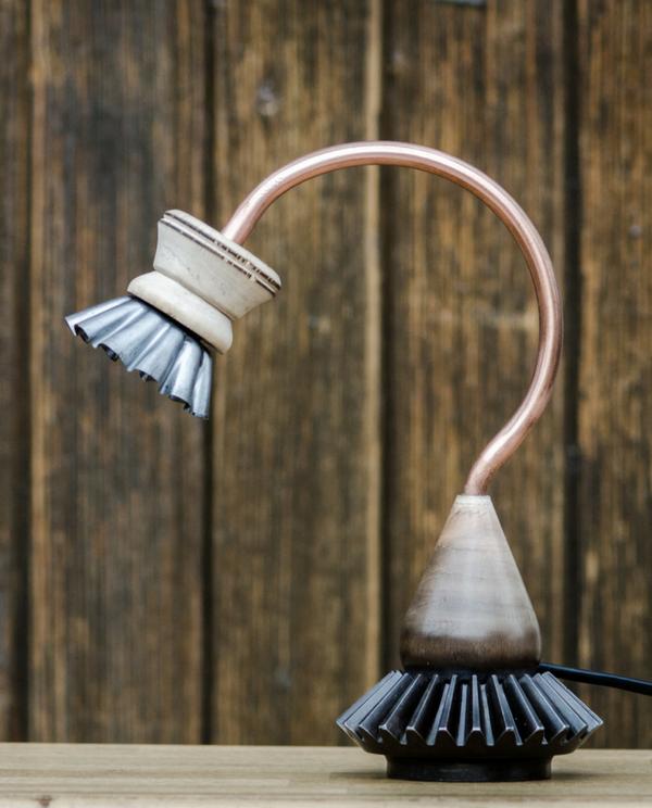 lampe déco recyclage moule à gateau bois acier freewind custom radyoga